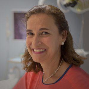 Nieves Argüelles Luis, especialista en Higiene Bucodental - Clínica Dental- Rehberger - López-Fanjul