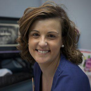 Karla González Menéndez, especialista en Estética Dental - Clínica Dental- Rehberger - López-Fanjul