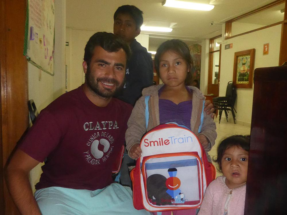 El Dr. Federico Rehberger Bescós en la Campaña del Labio y Paladar Hendido en Chiapas - Clínica Dental Rehberger - López-Fanjul