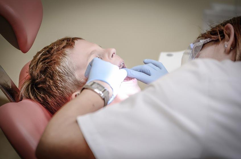 niño dentista ortodoncia interceptiva Clínica Rehberger López-Fanjul Oviedo