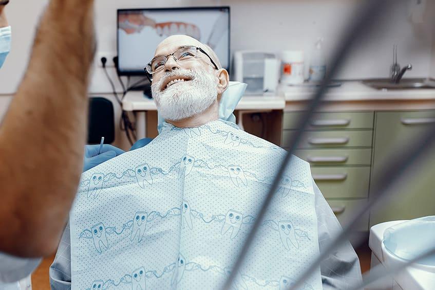 dentista revision mantenimiento implantes dentales clinica rehberger asturias