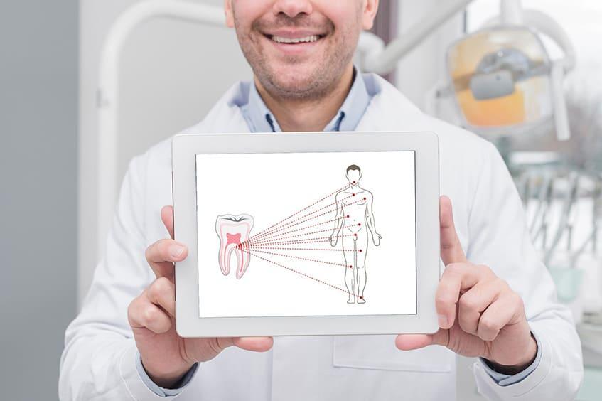 Infecciones-bucodentales-foco-de-lesiones-musculares-odontologia-deportiva-clinica-dental-rehberger