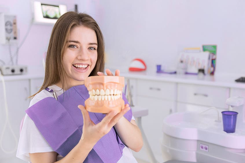 ortodoncia-niña-clinica-dental-asturias-oviedo-gijon