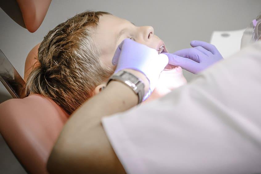 revision-dental-niño-ortodoncista-oviedo-asturias-gijon-dentista