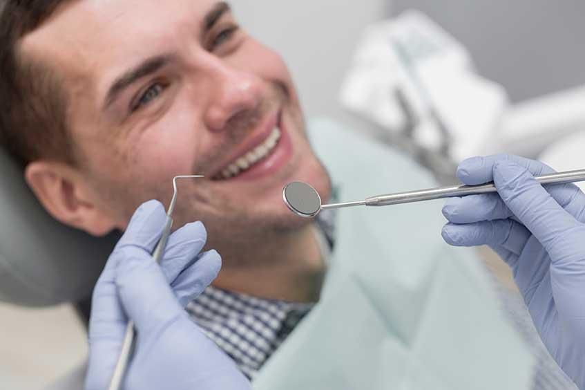 paciente-de-endodoncia-en-la-clinica-dental-asturias
