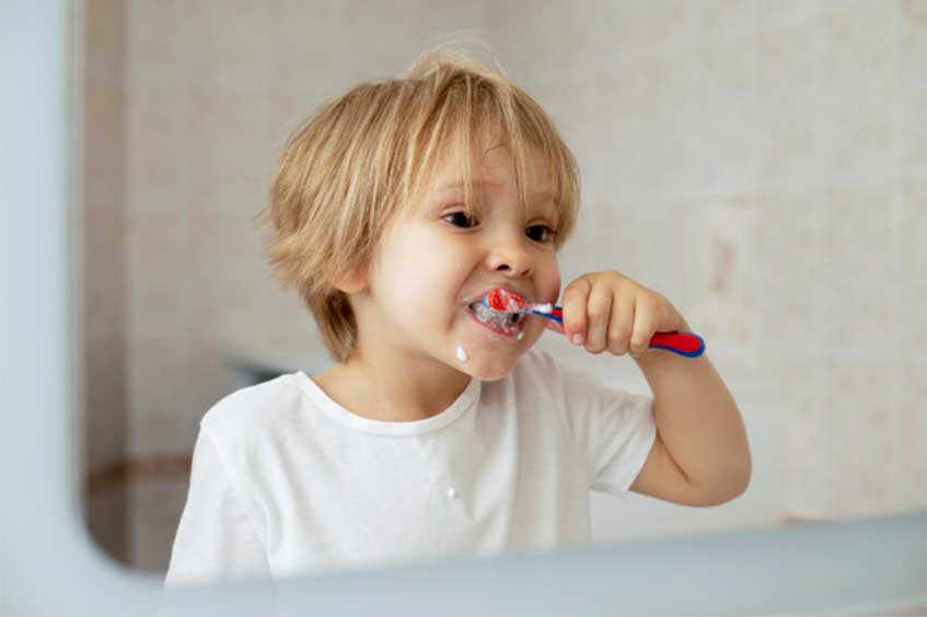 edad-higiene-dental-niños-oviedo-dentista